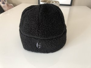 Conte of Florence Fur Hat black