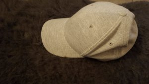 Gorra de béisbol color plata