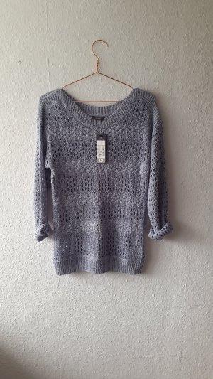 Flieder Farbener Pullover in Häkel-Optik