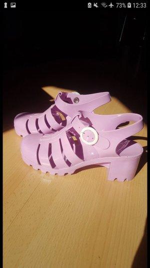 Fliederfarbene Schuhe von American Apparel