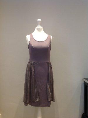 Fliedergraues Kleid mit umspielenden Volants NEU!!