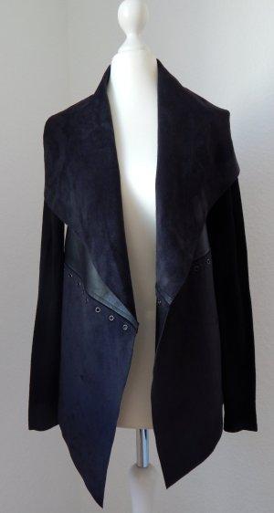 fließende Jacke aus verschiedenen Materialien