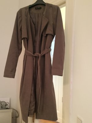 Fließender Trench Coat