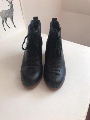 Flip*flop Ankle Boots black leather