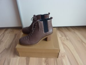 Flip*flop Ankle Boots light brown