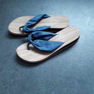 Mules beige-steel blue synthetic material