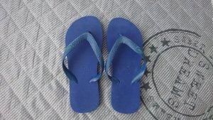 Flip Flops der Marke Lacoste