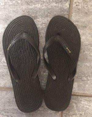 Sandalo infradito nero
