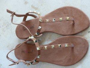 Flip Flops / Sandalen von Pink Pearl Farbe cognac