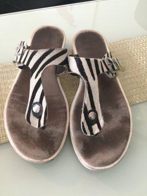 Sandalo toe-post bianco-nero