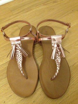Flipflop Sandaletten in Roségold