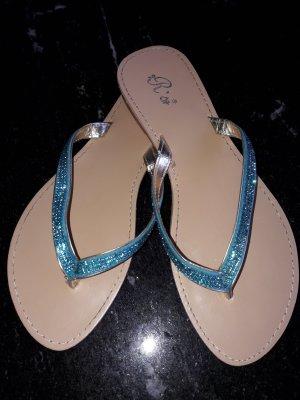 Rise Flip-Flop Sandals light blue
