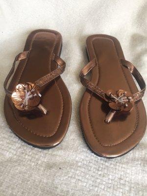 Sandalo infradito oro-bronzo