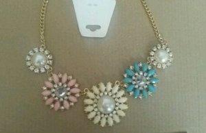 Florale Statement-Halskette