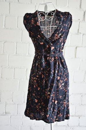 Florales Kleid mit Ausschnitt von Promod