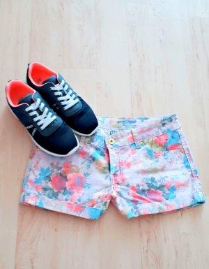Flower Hot Pant Gr. 38 Short Kurze Hose