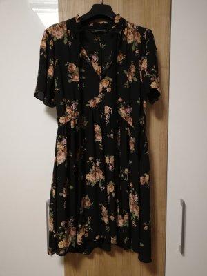 Flowerprint Kleid mit Kragen