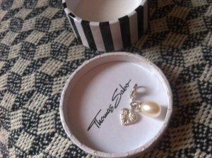 Flügel mit Perle (Charm)