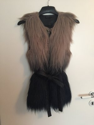 Fluffige Fake Fur Fellweste mit Ombré Farbverlauf mit Kunstledergürtel