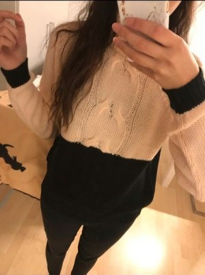 Fluffy and cozy sweater / NEU und mit Etikett
