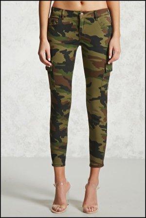 Forever 21 Camouflage-Hose skinny -Ungetragen- Größe 30