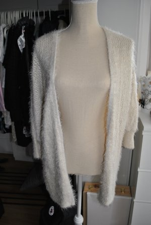 Forever 21 Flauschige Strickjacke