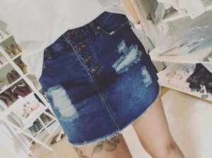 Forever 21 Jeansrock Destroyed Blogger Jeans Rock Ripped NEU XS/S