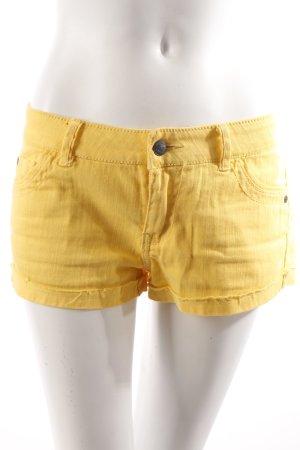 Forever 21 Shorts gelb