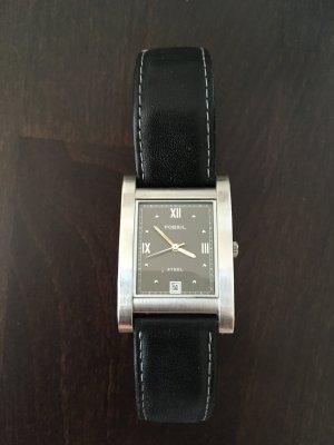 Fossil Steel Uhr mit schwarzem Armband
