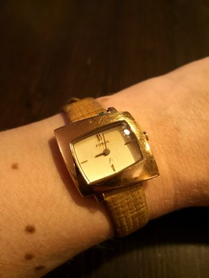 Fossil Watch With Leather Strap gold-colored