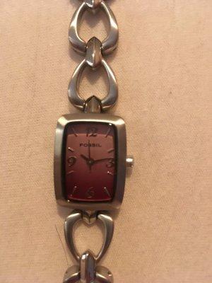 Fossil Uhr aus Edelstahl mit rotem Zifferblatt