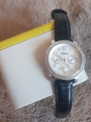 Fossil Watch With Leather Strap black-silver-colored
