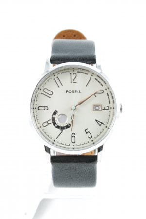 Fossil Watch With Leather Strap black casual look