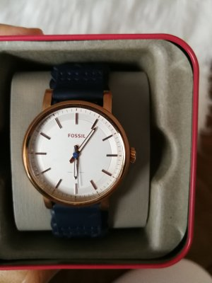 Fossil Watch With Leather Strap dark blue
