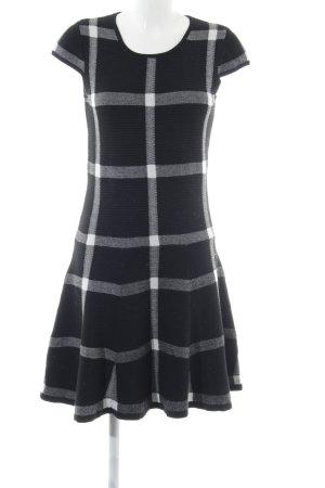 Four flavor Robe en maille tricotées noir-blanc motif à carreaux