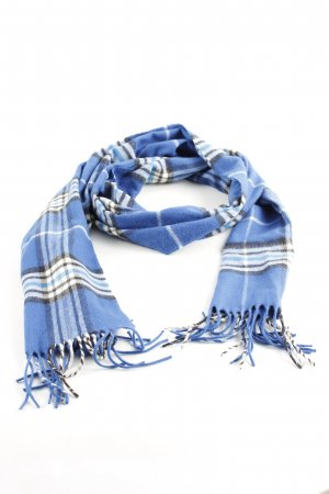 Fraas Fringed Scarf check pattern casual look