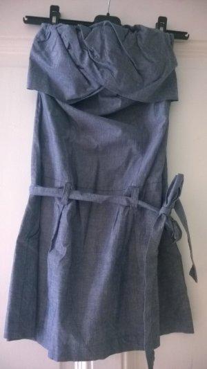 Fräulein Stachelbeere trägerloses, leichtes Kleid blassblau