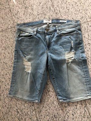 Frame kurze Jeanshose in der aktuellen Länge