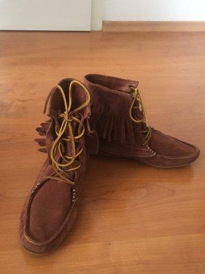 Fransen-Boots in Wildleder
