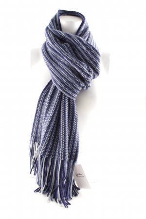 Fringed Scarf blue-azure casual look
