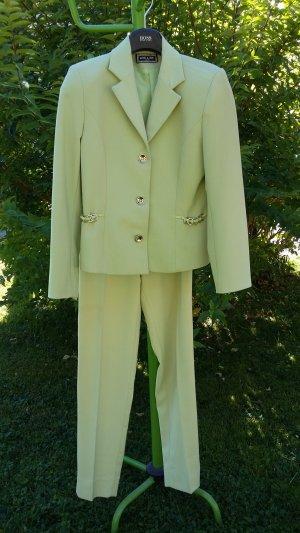 Trouser Suit pale green