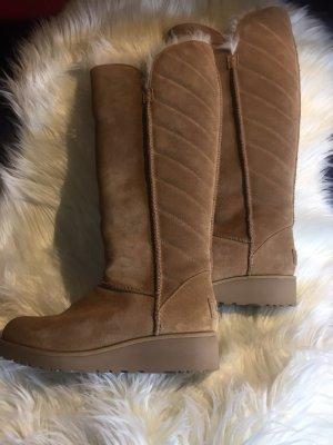 Frauen Ugg Rosalind boots Chestnut -Neu- nie getragen