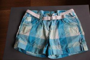 Freche Shorts