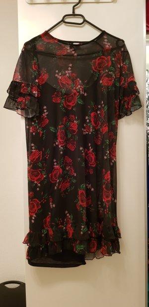 Freches Chiffonkleid mit Rosen