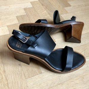 Fred de la bretoniere High Heel Sandal black