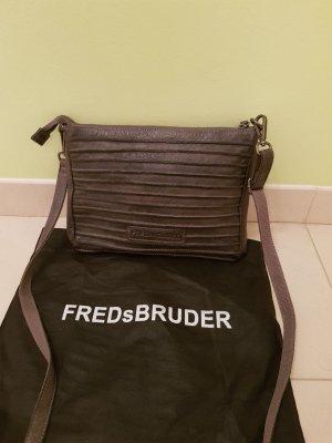 FREDsBRUDER Ledertasche Crossbody Neu ohne Etikett