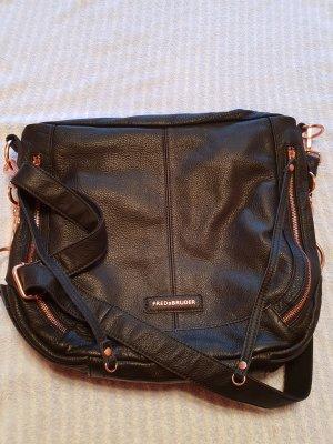 Fredsbruder Crossbody bag black