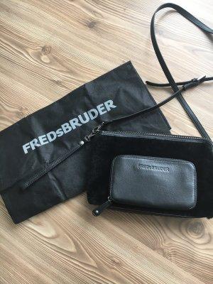 Fredsbruder Crossbody bag black leather