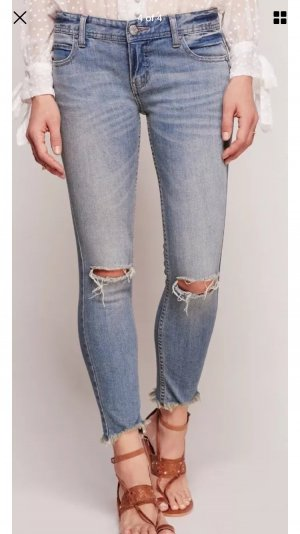 Free People Ankle destroyed Jeans