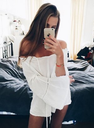 Free People Blogger Bluse Piraten oversized boyfriend creme weiss zara style